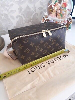 cd4510e19a46 LOUIS VUITTON MENS Shoes Care Kit In Monogram bag - £350.00 ...