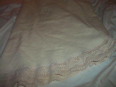 """Vintage Round 60"""" Linen Cream Table Cloth With 2"""" Lace Trim"""