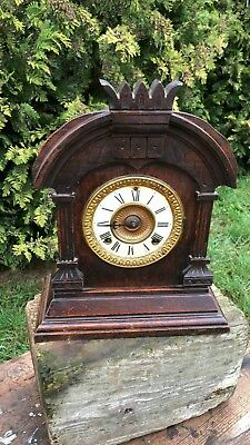 Antique Vintage Sonia New York USA Beautiful Wooden Mantle Clock *