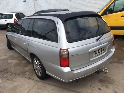 2003 Holden Commodore wagon Great condition Cold a/c