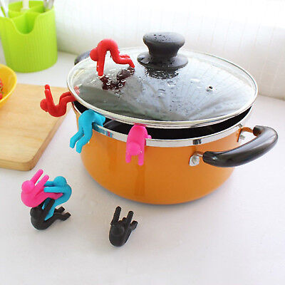 2Pc Little Men Shaped Silicone Spoon Rest Pot Clip Anti-overflow Gadget Tool