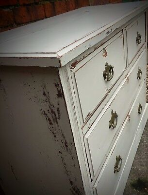 'White Wolfe,Distressed Chest Of Drawers