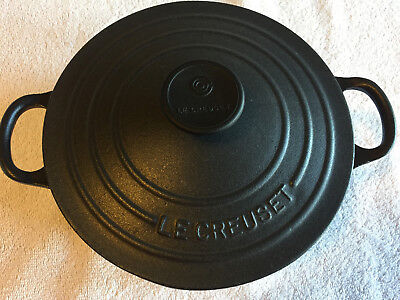 Le Creuset #18 / 2 Quart Cast Iron Round Dutch Oven