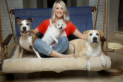 Kaley Cuoco Posing With Dogs 8x10 Glossy Photo Print