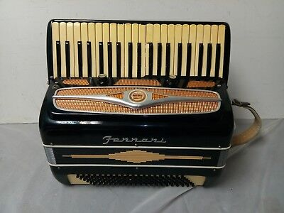 Vintage Ferrari 120/41 Intermediate Size 24/17 Accordion