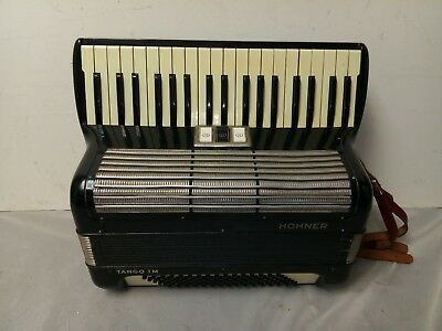 Vintage Hohner Tango IM 120/41 Intermediate Size 22/15 Accordion