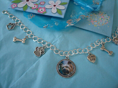 """""""YORKSHIRE TERRIER"""" Multi col.  . Charm Bracelet  NEW with gift bag"""