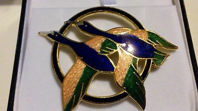 Genuine Cloisonné Hand Crafted BLUE & PINK Enamel GEESE IN FLIGHT Brooch/Pin***