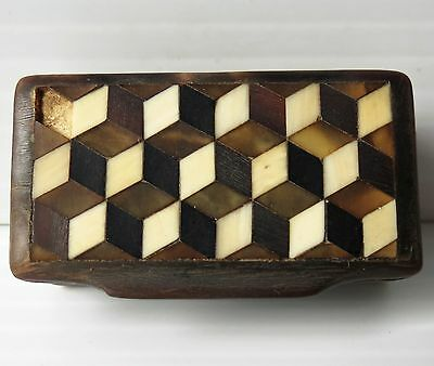 Victorian LACQUER SNUFF BOX with INLAY