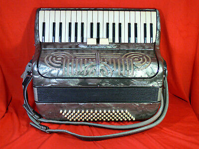 VINTAGE Busilacchio CHALLENGE 80 Bass PIANO ACCORDION & Case ITALY c.1950's GC