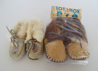 CHILD MOCCASINS Size 2 Leather Beads Fur Size 4 Tot Mox Indian Maid Taos NOS