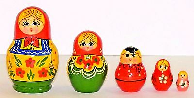 Traditional Russian Matryoshka wooden nesting dolls, 5 pcs, Russia