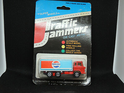 Pepsi Cola Die Cast Metal Traffic Jammers in original package (13685)