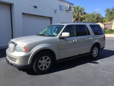 2006 Lincoln Navigator Luxury Edition 2006 Lincoln Navigator One Owner Clean Autocheck Fully Loaded Well Maintained