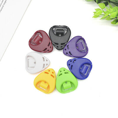 5Pcs Plactic Guitar Pick Portable Plectrum Holder Case Box Acoustic Heart Shaped