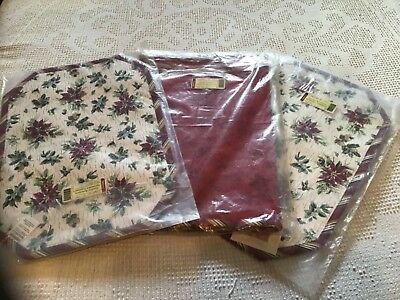 NIB Longaberger 6ft Table Runner and 4 Placemats Reversible Holiday Botanical