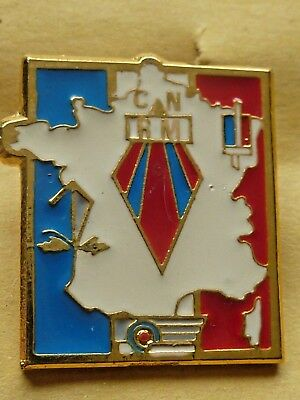 Pin's Badge  Militaire C.n Rm   Armee Terre Air Et Marine Nationale
