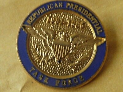 Pin's Badge  Militaire Republican Presidential Task Force