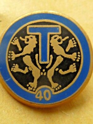Pin's Badge  Militaire  T 40   A Identifier