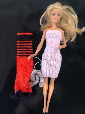 Hand knitted Barbie clothing #27
