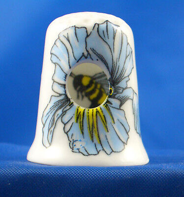 Peephole Thimble - Bee In Flower -- Free Gift Box