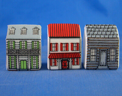 Fine China Thimbles - Set Of Three Miniature House Style -  Cabins