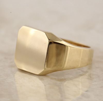 14ct Yellow Gold Square Signet Ring