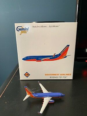 1:400 Gemini Jets Southwest Airlines Boeing 737-700 N478WN Canyon Blue