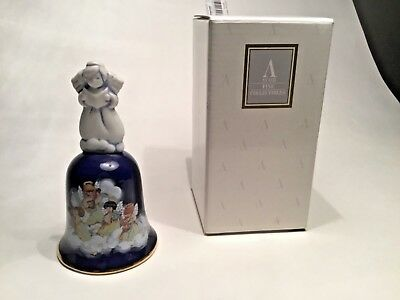 1992 Avon Porcelain Christmas Bell Avon Heavenly Notes Vintage In Box collectors