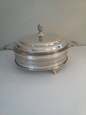 """Sheffield silverplate 9"""" 2 qt round serving dish with Pyrex insert"""