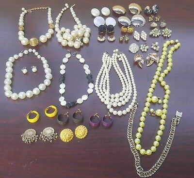 Mixed Lot of Vintage Costume Jewelry (3lb)
