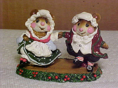 "Wee Forest Folk Mouse CC-7 ""The Fezziwigs"" Christmas Carol-1988-By AP-Retired"