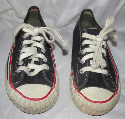 Vintage 1950/60s Stride Rite Canvass Sport Shoes Made in USA