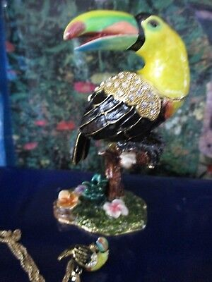 "Toucan "" Cocoa "" Fine Enameled Bejeweled  Trinket Box & Matching Necklace 62625"