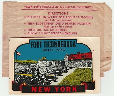 1950's Unused Decal,fort Ticonderoga,new York,cannons,us Flag,rare Old Souvenir