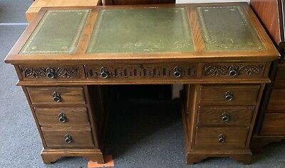 Vintage Antique Style Old Charm Pedestal Desk With Green Leather Top