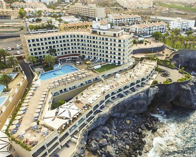Pearly Grey Ocean Club- Tenerife - 2 Bed modern holiday apartment sleeps 6