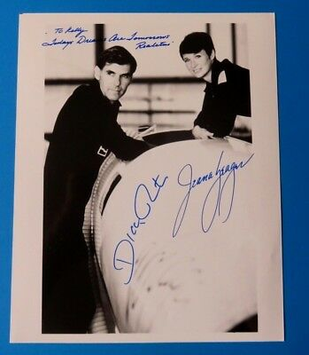 JEANA YEAGER & DICK RUTAN SIGNED 8x10 PHOTO ~ VOYAGER ~ 100% GUARANTEE