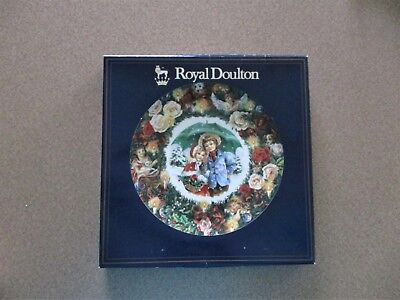 """Nib 1983 8"""" Royal Doulton Best Wishes Plate Signed By Michael Doulton"""