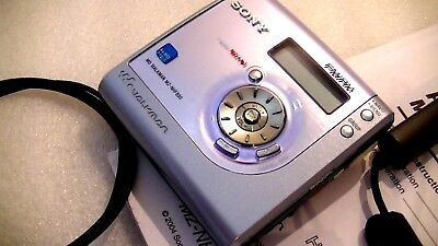VINTAGE SONY HI-MD MINIDISC WALKMAN RECORDER MZ-NHF800 with FM/AM radio