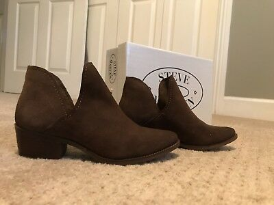 c7b191ce76a STEVE MADDEN AUSTIN Ankle Booties Womens Sz 10M Burgundy Boots Suede ...