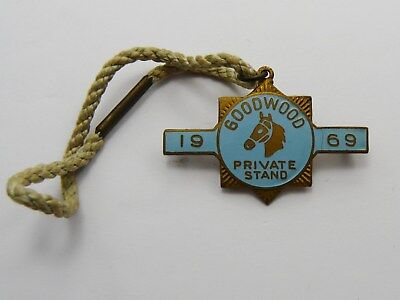 1969 ENAMEL HORSE RACING BADGE MARPLES & BEASLEY GOODWOOD PRIVATE STAND No 36