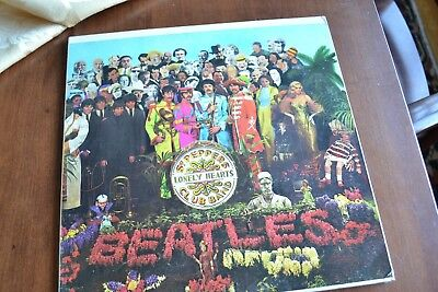 "The Beatles ""sgt. Peppers"" On Capitol - Gatefold Stereo W/insert"