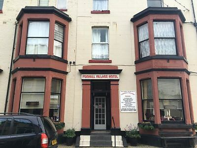 6 persons 2 night Midweek Break in Blackpool at Foxhall Village Guest House