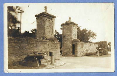 Vintage ST AUGUSTINE FL FLORIDA CITY GATES B/W SNAPSHOT PHOTO Coquina Cannons