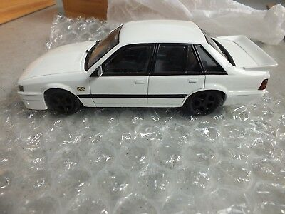 Dinkum Classics 1:24 Vk Holden Ss Bodykit Limited Edition Collectable # 13 Of 50