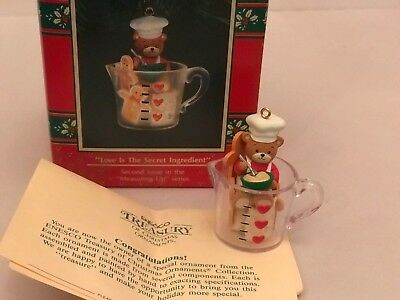 "Enesco Treasury Of Christmas Ornament, Lucy & Me ""love Is The Secret Ingredient"""