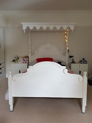 Absolutely Stunning Double Half Tester Canopy Bed With Mattress 195cm X 140cm