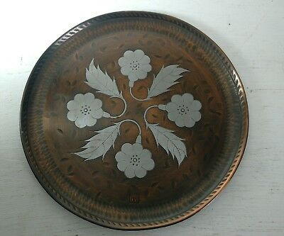 Victoria House Pewter & Copper plate 7""