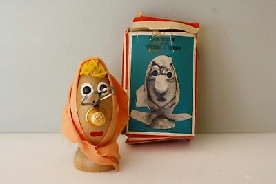 RARE Vintage Dan-Dee Made in Japan PIN CUSHION with SCISSORS & THIMBLE Figure